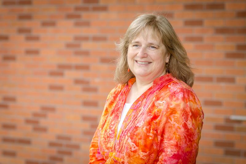 Photo of Julie Dewsnup